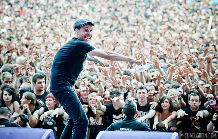 See full photo gallery of Donots live at Taubertal Festival 2011