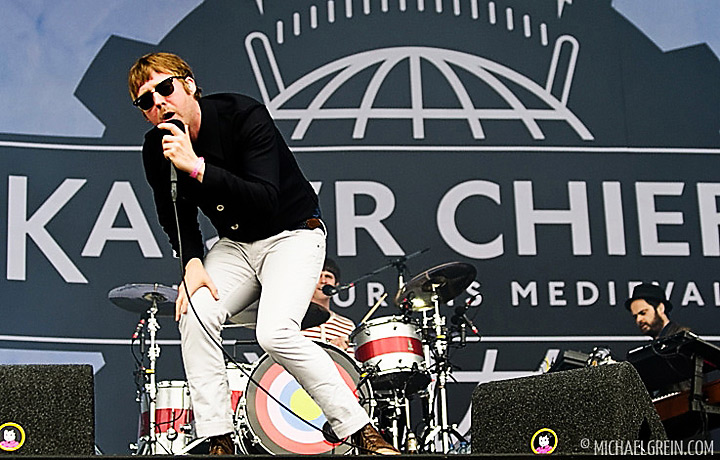 See full photo gallery of Kaiser Chiefs playing live at Pinkpop Festival 2011