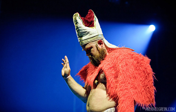 See full photo gallery of Les Savy Fav playing live at Dour Festival 2011