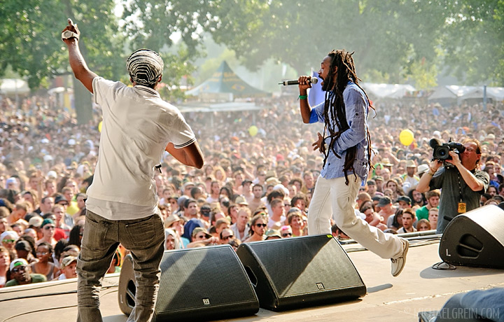 See full photo gallery of Lutan Fyah playing on the Green Stage at Summerjam Festival