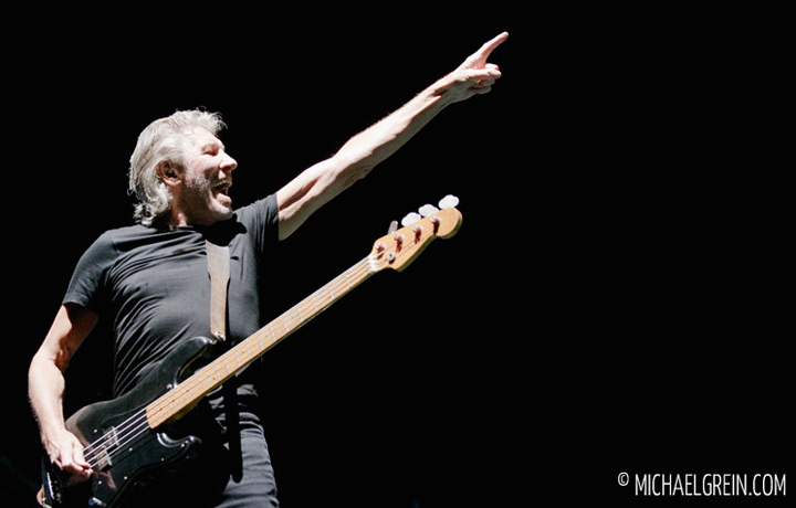 See full photo gallery of Roger Waters - The Wall live at Commerzbank Arena Frankfurt 2013