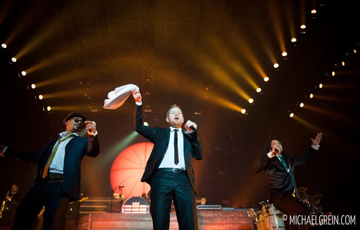 See full photo gallery of Seeed live at Festhalle in Frankfurt a. M. 2012