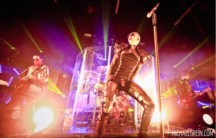 See full photo gallery of Tokio Hotel live at Gibson Club Frankfurt a.M. 2015