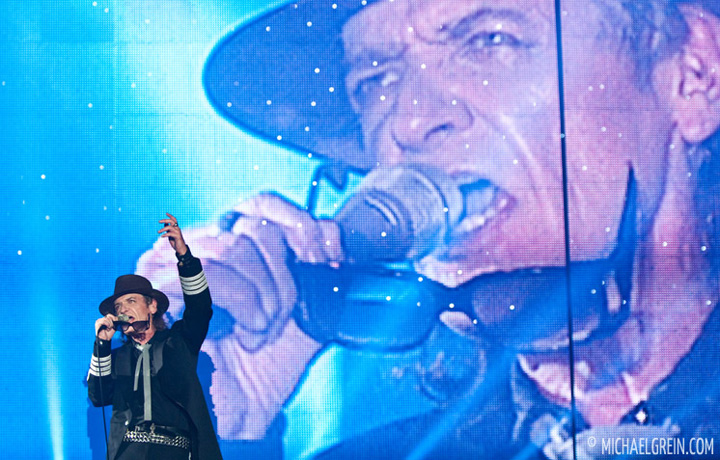See full photo gallery of  Udo Lindenberg playing live at Festhalle  Frankfurt 2012